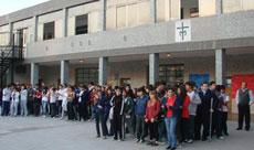 Alumnos en el acto del Colegio San Agustín