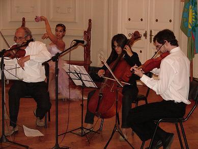 Trio de cuerdas de Junín, con destacada actuación.