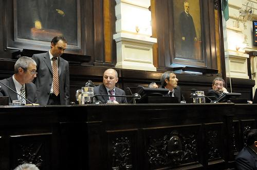 El Diputado Delgado en la legislatura provincial.