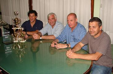 Gustavo Santilli, Intendente Walter Battistella, Raúl Mascheroni y Javier Sampietro.