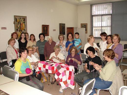 El Club de Tejedoras Santa Claridad en 9 de Julio.