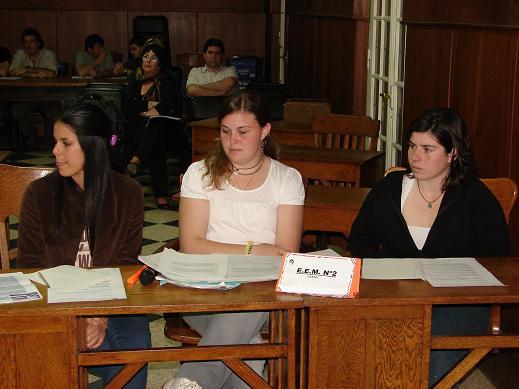 Alumnas de la Escuela Media de La Niña.