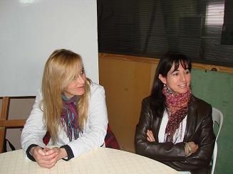 María Luján Mozún, Directora de la Escuela 4, y Adriana Ibarra, Vicedirectora.